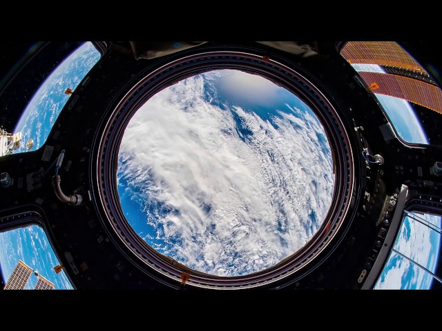 ISS Timelapse A Fisheye inside the Cupola 02 08 Agosto 2017