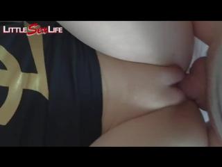Зрелый мужик ебет школьницу в узкую пизду ( лучшее порно 2017 в hd качестве 18 секс молодых младше малолетков малолеток юных
