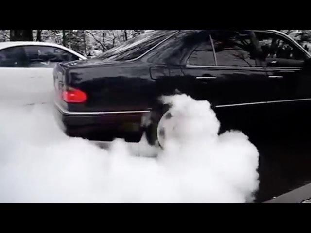 Mercedes W210 E430 V8 Drift Oo =*= oO