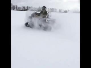 Зимой квадроциклу не место в тёплом гараже! Выводите его в снег в гусеничных траках Apache 360.