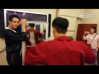 VIDEO 180217 Lay @ Huang Bo Weibo Update