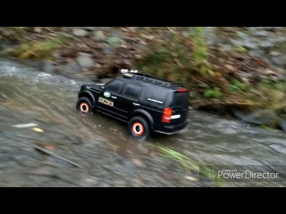 Rc 1/6 scale crawling Land Rover Discovery 3 test drive