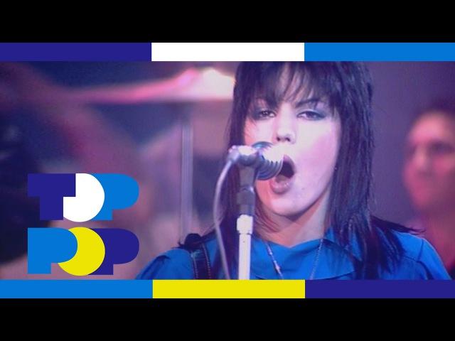 Joan Jett The Blackhearts - I Love Rock 'n' Roll • TopPop