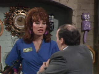 Married... with Children - 1x09 - Peggy Sue Got Work - Eng Subs