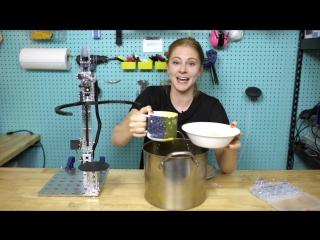 Девушка cделала робота, который подает суп, но это не работает, как ожидалось