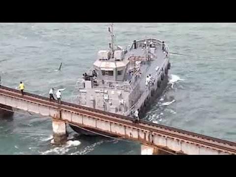Корабли не пролезли под мостом Подборка крушений