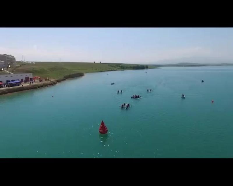 Показательный заплыв в рамках фестиваля адаптивного спорта «Туризм без границ» (Казахстан)
