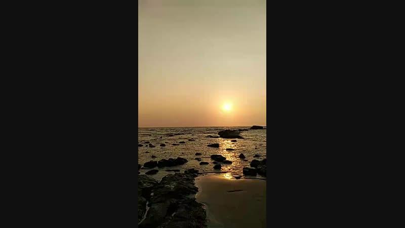 Morjim_ beach_sunset