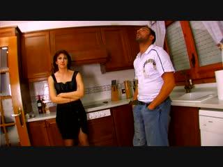 French Milf gets assbanged in the kitchen