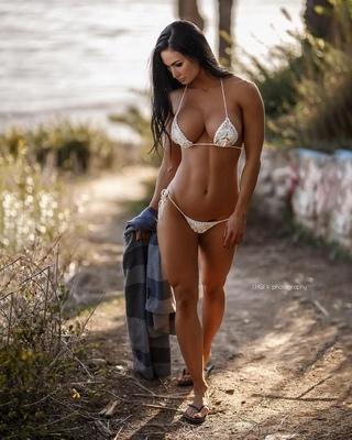 Katelyn Runck Posing In Bikini On The Beach Looking Fit And Toned Curvy Erotic 1