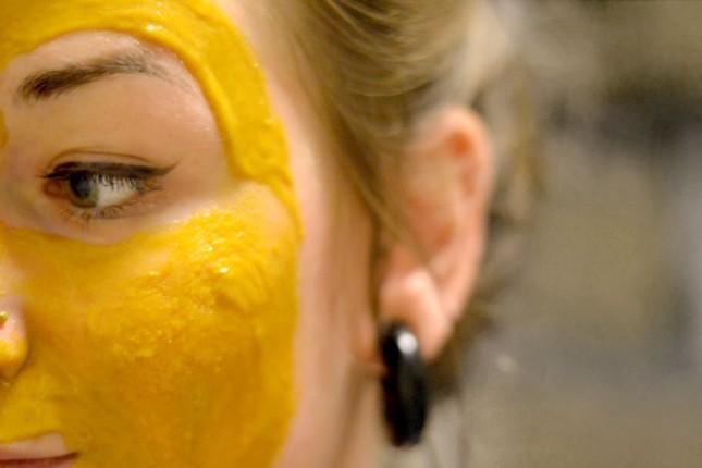 Маска из куркумы с медом от морщин отбеливающая: рецепт, полезные свойства, хитрости использования