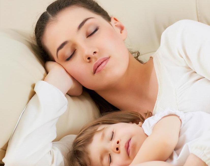 Пациенты с обструктивным апноэ во сне обычно испытывают прерывистое дыхание во время сна.