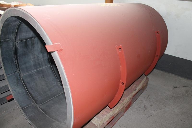 Трубы футерованные каменным литьем на предприятиях промышленного типа могут прослужить от 20 до 30 лет