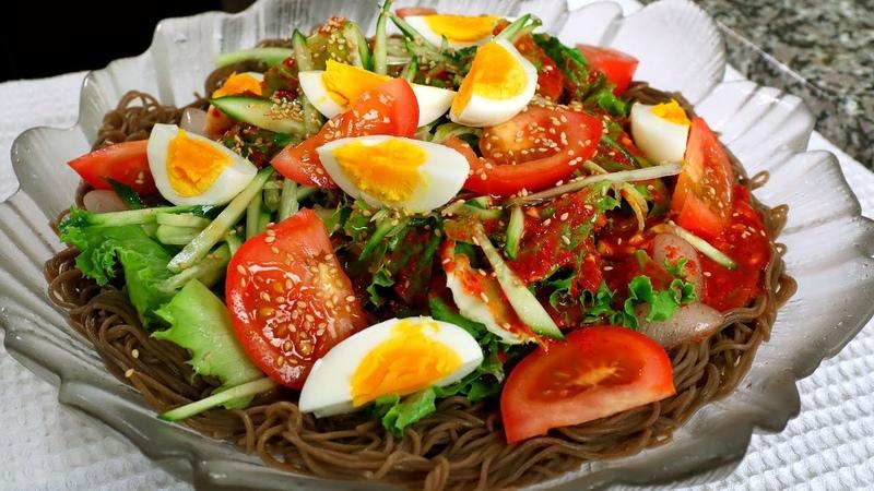 Cold Spicy Platter Noodles (Jaengban-guksu 쟁반국수)