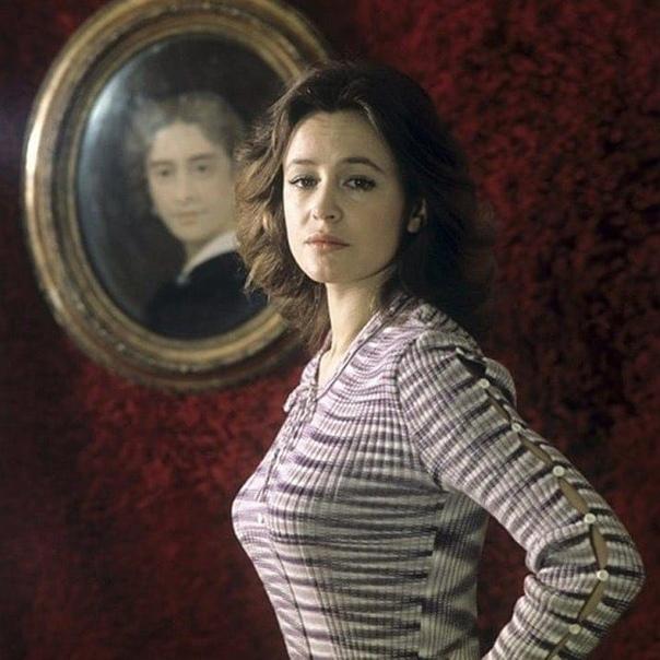 Марина Неелова... В каких фильмах она вам больше запомнилась