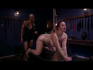 Бесплатный VIP -   | WHIPPEDASS Lesbian Latex Blasphemy Ashley Paige Whips the Sin Out Of Bella Rossi