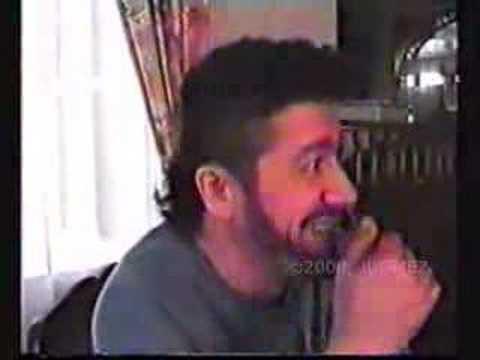 Vidéo trés rare de Matoub chez lui 6 6 6