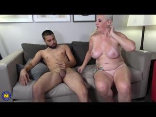 Anna Moore -blowjob suck минет сосет орал отсос fuck порно секс, mature, мамка