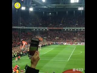 Фанаты Спартака празднуют первое чемпионство клуба за 16 лет