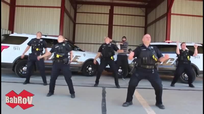 MO-DO – Eins, Zwei, Polizei (MCM Rinat RMX)
