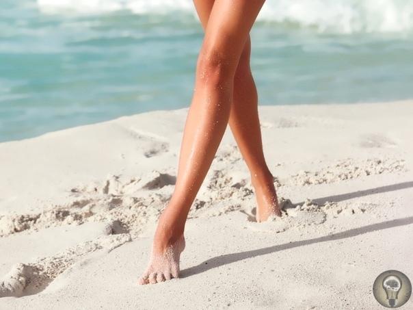 СТАРОСТЬ НАЧИНАЕТСЯ С НОГ Совет 1. Гимнастика Обязательно надо ходить на носочках, на пяточках, а также на внутренней и внешней сторонах стопы. Это укрепляет мышцы и кости ног, улучшает