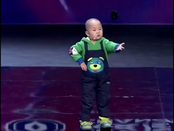 Смешное видео - как дети танцуют из разных стран Попробуй не улыбнись, это нужно увидеть