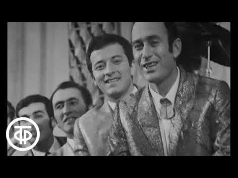 Советская босса нова Вокальный квартет Гая Песня Озорная тучка 1971г