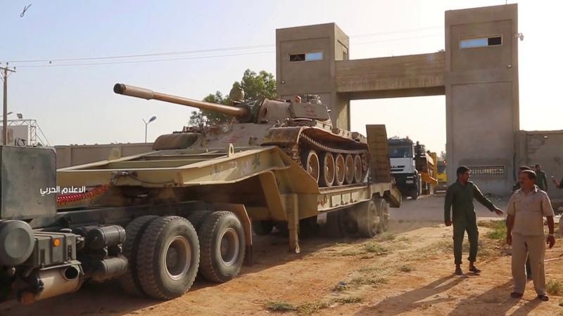 جانب من تحرك التعزيزات العسكرية التابعة للواء 73 مُشاة للإلتحاق بمحاور شرق مدينة مصراته .