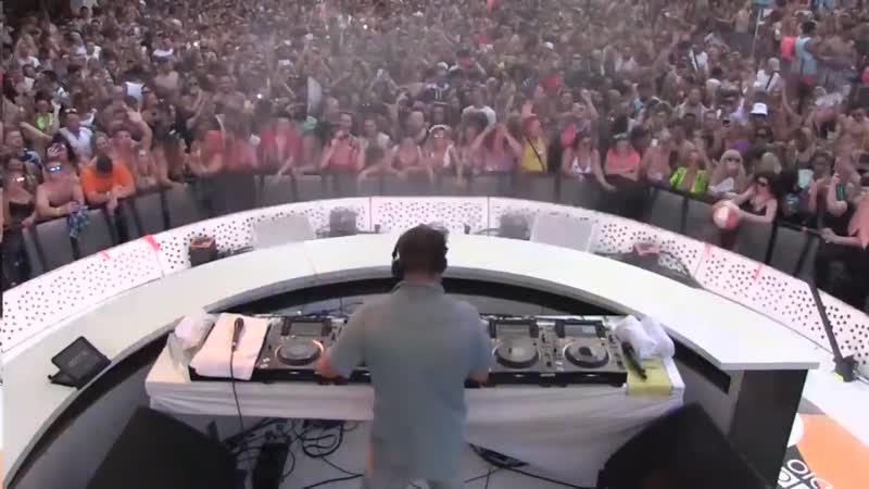David Guetta Martin Solveig - Thing For You (David Guetta Remix) @ BBC Radio 1 in Ibiza