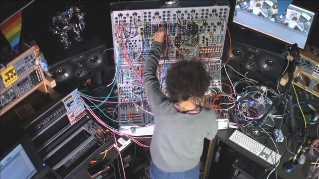 Open Eye Signal (Jon Hopkins) on a Modular Synthesizer coub