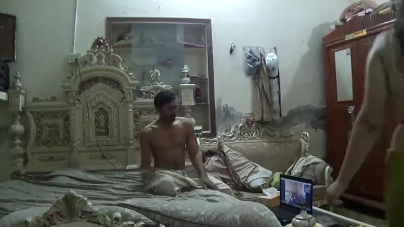 Desi_Madarchod_Naukar_Fucking_Moti_Bhabhi_Cuckold_Hubby_Watches_in_Cam_-_Pornhub.com.mp4