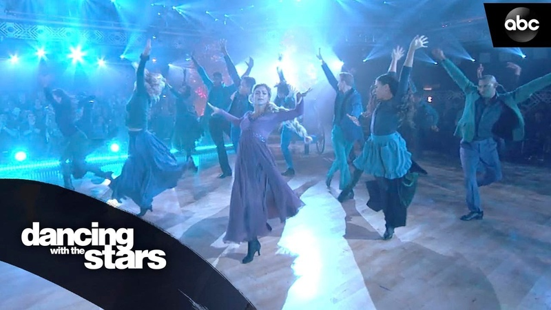 Disney Night Frozen II Performance Into The Unknown - Dancing with the Stars