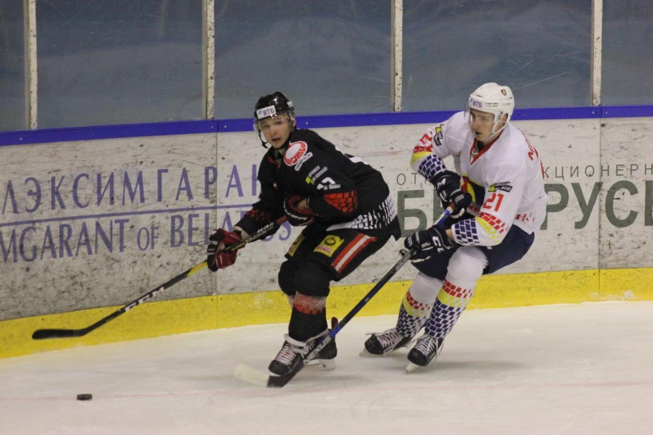 Хоккейный клуб «Лида» в овертайме уступил «Гомелю».