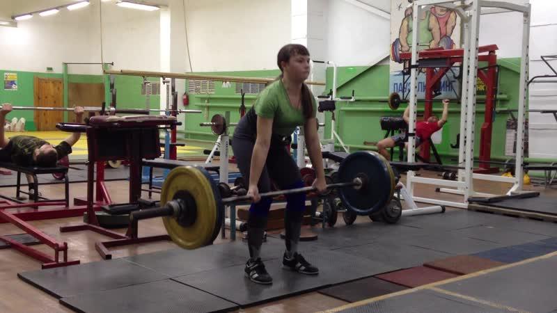 Р.Б. г Белорецк. Попова Юля 12 лет. Вес кат до 63 кг. Тяга 100 кг 2 п по 2 р