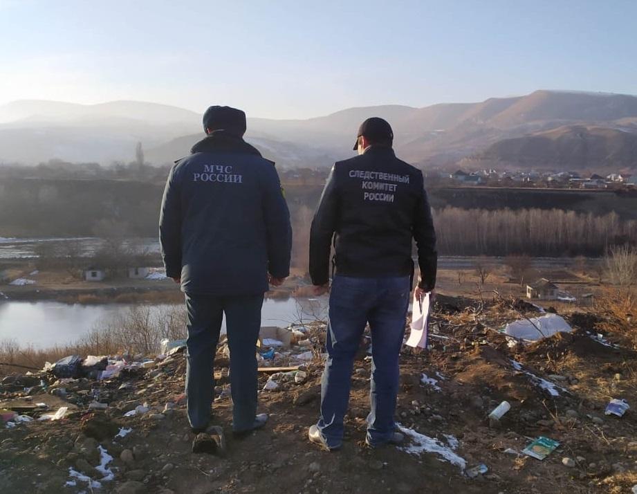 В КЧР чиновники ликвидировали стихийную свалку после визита к ним следователей
