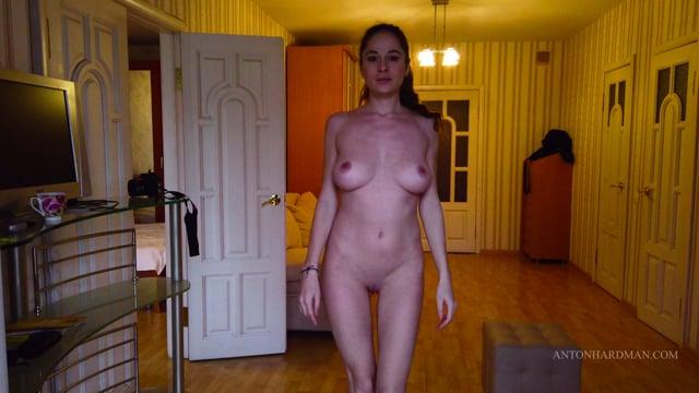 4K Russian Nude Model Ksusha Luchevskaya