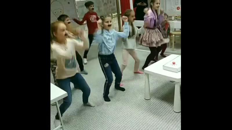 Усатая Вечеринка в Луганске Детские праздники аниматоры Шоу 050-813-13-09