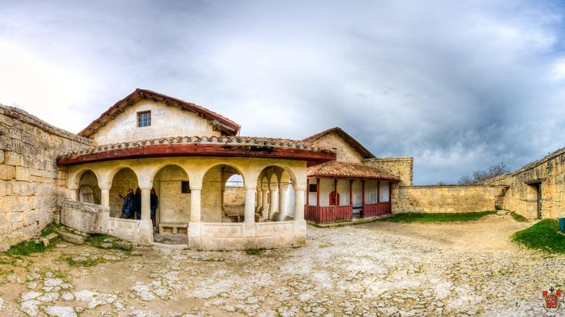 Кенасский дворик