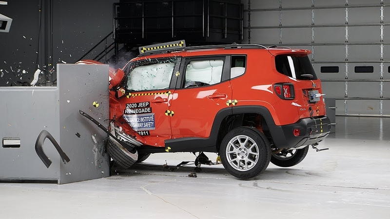 2020 Jeep Renegade driver side small overlap IIHS crash test