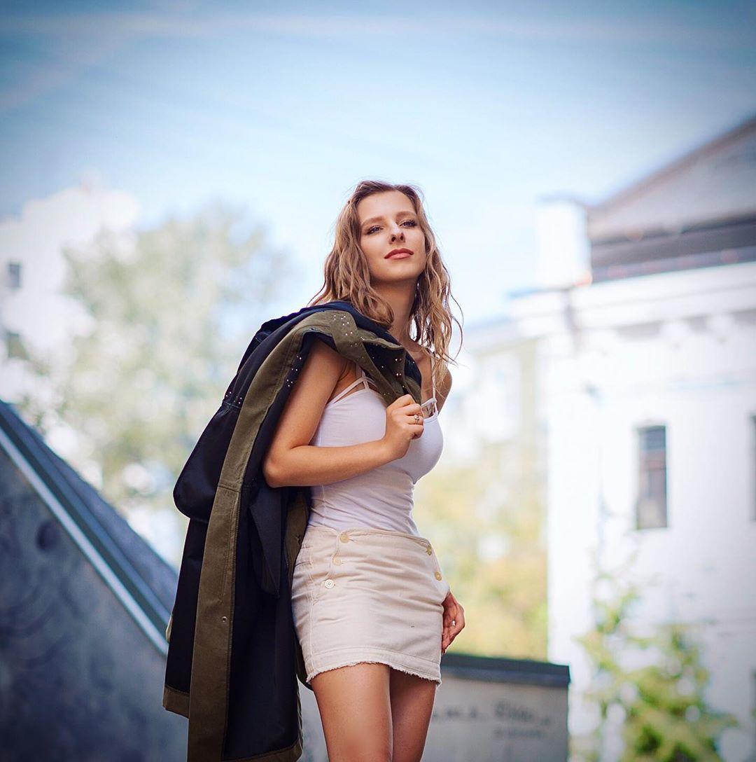 Лиза Арзамасова сделала себе отличные формы