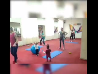 Мама и малыш - группа для спортивны мамочек с МАЛЫШАМИ )