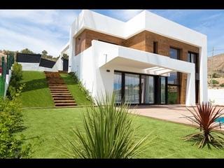 À vendre superbe maison moderne ✅ à finestrat avec une vue sur le skyline de Benidorm