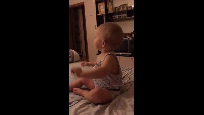 Аудиосказки и малыш