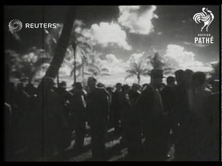 USA: Florida: Beach fashion / Horse racing season begins (1937)