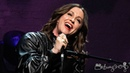 Alanis Morissette sings Ironic at The Apollo