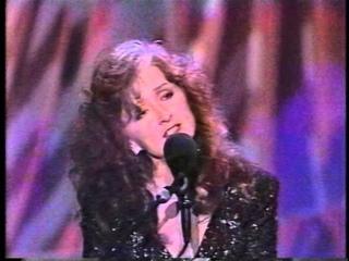 Bonnie Raitt & Charles Brown - Merry Christmas Baby - Tonight Show 10-10-1992