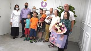 Семья Коньковых, в которой на прошедшей неделе родился юбилейный, десятый малыш.