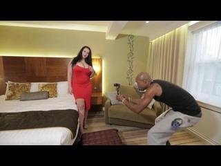 ANASTASIA LUX SEXY BBW MILF