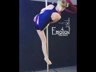 Video by Pole dance|танцы|растяжка| Эмоция - Архангельск