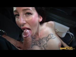 Esluna The Tattooed Turn On Temptress (бритые письки, брюнетки, в машине, лижет попу, минет, сперма вытекает, хардкор)